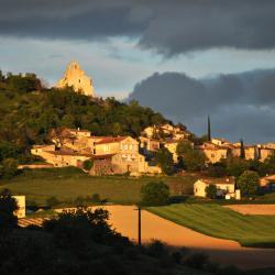 Le village de Montclar